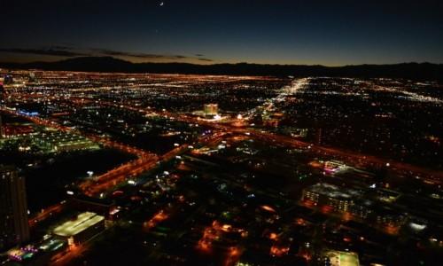 USA / Nevada / Las Vegas / Las Vegas nocą...