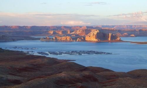 Zdjęcie USA / Arizona / Page / Powel Lake wieczorem