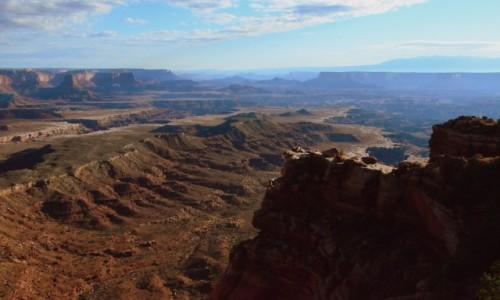 Zdjecie USA / Utah / Canyonlands N.P. / kraina kanyonów o poranku...