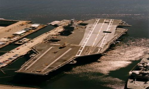 Zdjecie USA / Washington / Bremerton / lotniskowiec