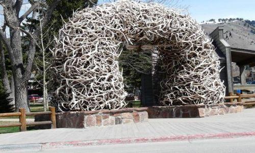 Zdjecie USA / Wyoming / CODY / brama dzikiego zachodu