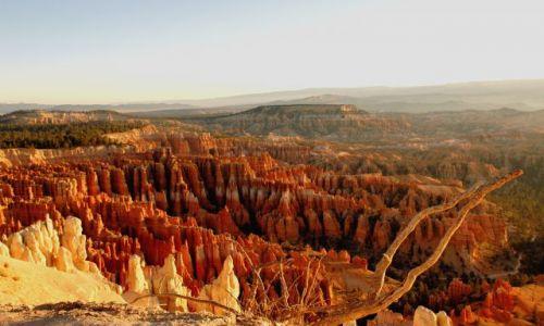 USA / Utah / Bryce National Park / InspirationPoint / wschód słońca w Bryce