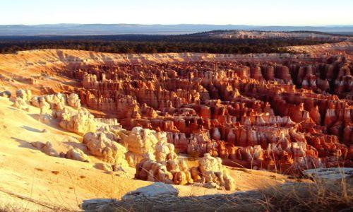 Zdjecie USA / Utah / Bryce National Park / InspirationPoint / wschód słońca w Bryce