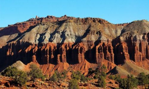 USA / Utah / Capitol Reef National Park / filary..