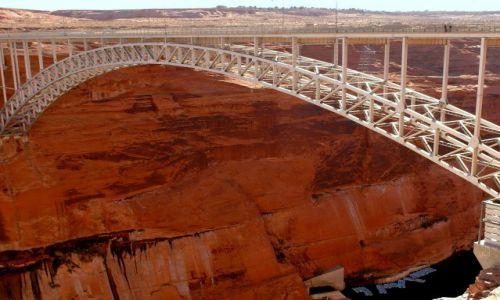 USA / Arizona / Page / Most na Colorado / Stalowy kolos