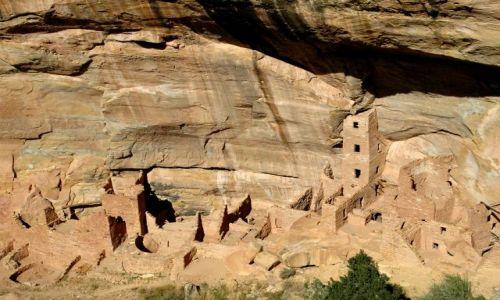 USA / Colorado / Mesa  Verde / Square Tower House / Pueblo Indian Anasazi