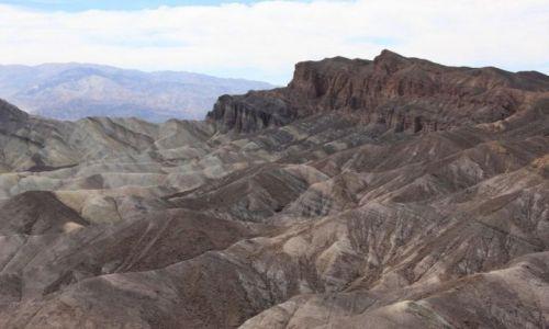 Zdjecie USA / California / Zabriskie Point - badlands / Death Valley National Park