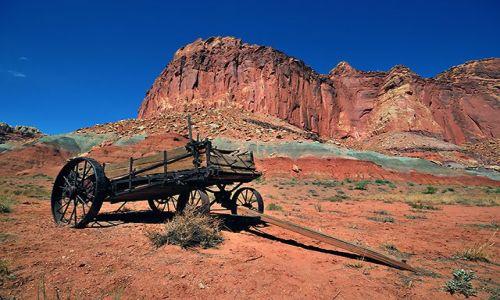 Zdjecie USA / Utah / Capitol Reef / pojazd zdobywców Ameryki II