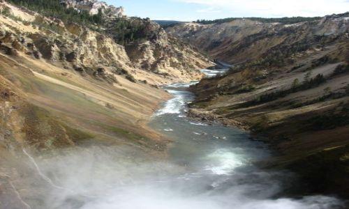 Zdjecie USA / Wyoming / Yellowstone National Park / Rzeczka