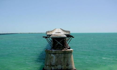 Zdjecie USA / brak / Floryda / archipelag Florida Keys / urwany most