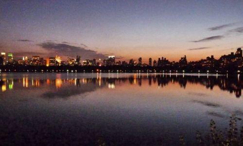 USA / NY / NYC / Central Park (nad stawem)
