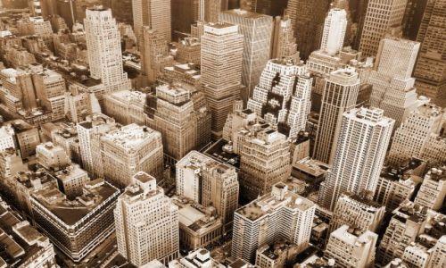 USA / NY / NYC / Widok na polnocno wschodni Manhattan