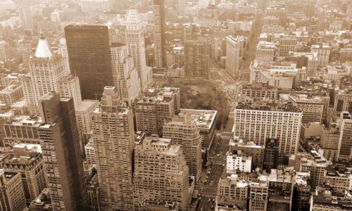USA / NY / NYC / Widok z Empire State na 5th ave i żelazko