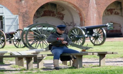 Zdj�cie USA / - / Georgia / Savannah / zolnierz poludnia w Pulaski Fort
