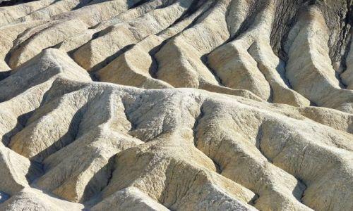 USA / California / Death Valley NP / Zabriskie Point - kadr z filmu Antonioniego?