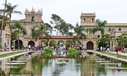 USA / California / San Diego / Pałac w parku