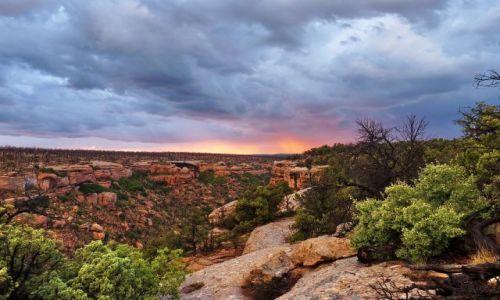 Zdjęcie USA / Colorado / Mesa Verde NP / Mesa Verde o zachodzie słońca