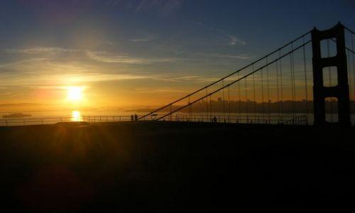 Zdjecie USA / Kalifornia / San Francisco / Golden Gate Bridge 6 wschod slonca