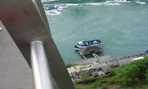 Zdjęcie USA / Niagara Falls / Niagara / Rejs pod wodospad