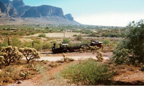 Zdjecie USA / Arizona / Goldfield Ghost Town / Stara ciuchcia w Arizonie