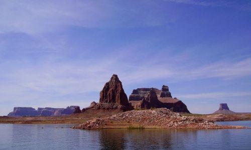 Zdjecie USA / Arizona / Lake Powell / płynąc przez Lake Powell