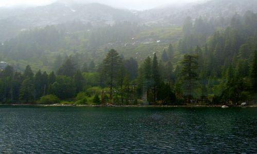 Zdjecie USA / Nevada / Lake Tahoe / w zatoce Emerald Bay na Lake Tahoe