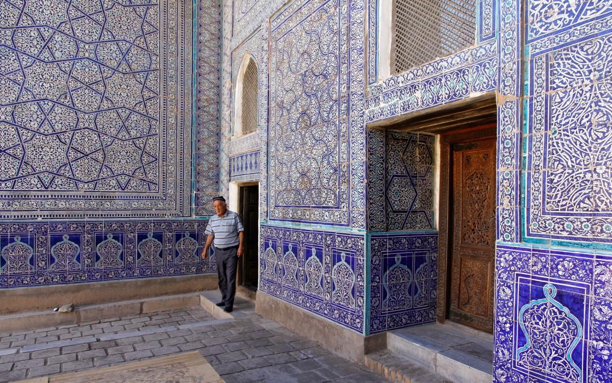 Zdjęcia: Chiwa, Chorezm, Przed meczetem w Chiwie, UZBEKISTAN