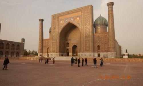Zdjęcie UZBEKISTAN / Azja Środkowa / Samarkanda  - Jedwabny Szlak / Samarkanda