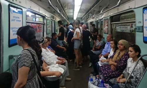 Zdjecie UZBEKISTAN / - / Taszkient / W taszkienckim metrze