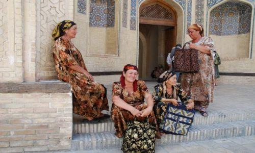 Zdjecie UZBEKISTAN / Samarkanda / Samarkanda / Kobiety z Samarkandy