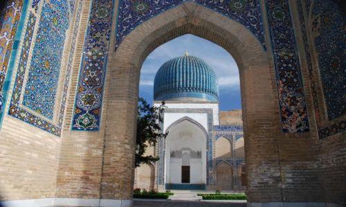 Zdjecie UZBEKISTAN / Samarkanda / Samarkanda / Błękitna kopuła