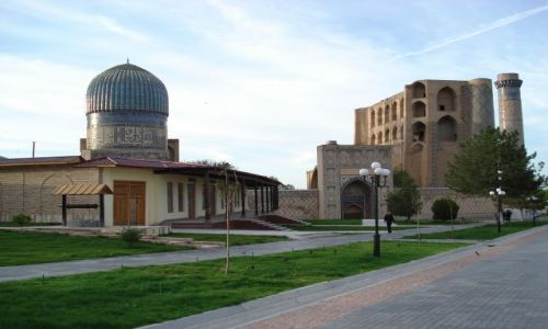 Zdjecie UZBEKISTAN / Wilojat Samarkandy / Samarkanda / Meczet Bibi Chanym