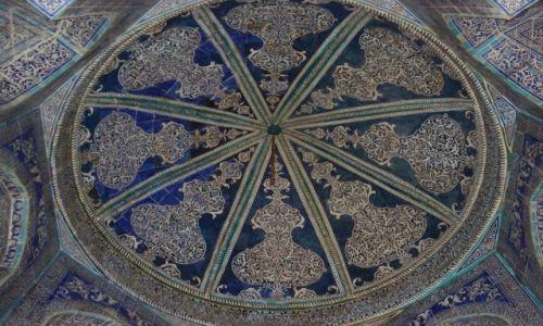 Zdjęcie UZBEKISTAN / Chorezm / Chiwa / Wnętrze meczetu
