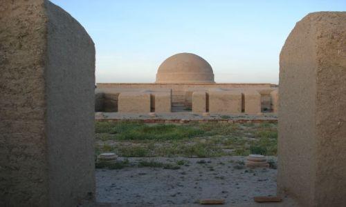 UZBEKISTAN / Termez / okolice Termezu / Trochę Indii w Uzbekistanie