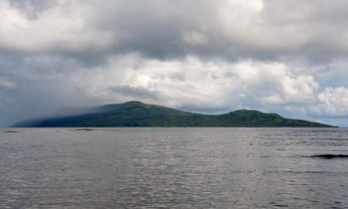 Zdjecie VANUATU / Efate / Wyspa Pele / Gdy nadciąga deszcz