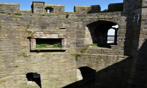 WALIA / - / Caernarfon / Kolejna komnata zawieszona w powietrzu