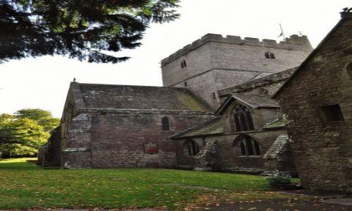 Zdjęcie WALIA / Południw / Brecon  / Brecon, katedra