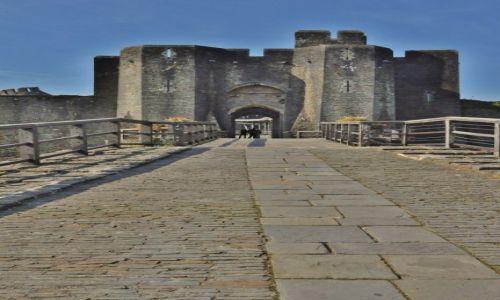 Zdjęcie WALIA / Południe / Caerphilly / Caerphilly, zamek