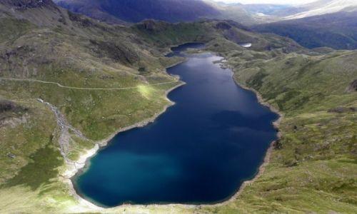 Zdjęcie WALIA / Europa / Snowdonia / jeziora Llyn Llydaw i Glaslyh