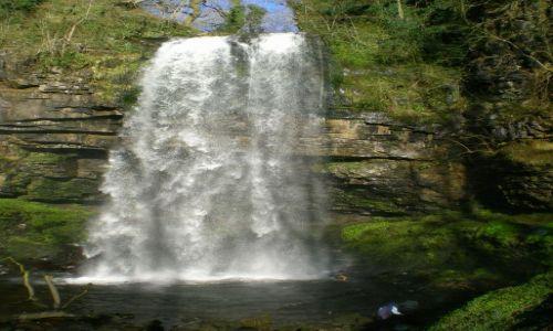 Zdjecie WALIA / - / Powys / Wodospad Hennry