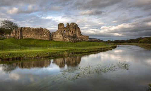 Zdjecie WALIA / - / Ogmore / Ruiny zamku Ogmore