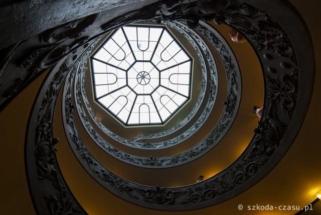 Zdjęcia: Muzea Watykańskie, Watykan, Muzea Watykańskie - schody, WATYKAN