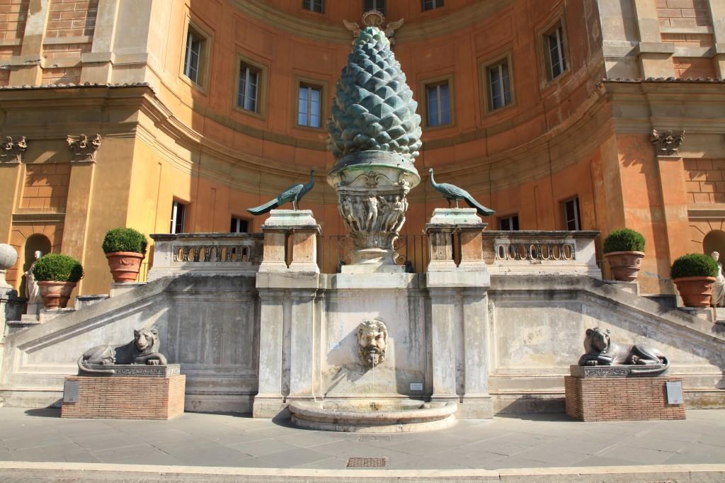 Zdjęcia: Muzea Watykanu, Bazylika św. Piotra, Dziedziniec Pinii, WATYKAN