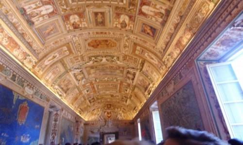 Zdjęcie WATYKAN / - / Muzea Watykańskie / Sufit w Muzeach Watykańskich