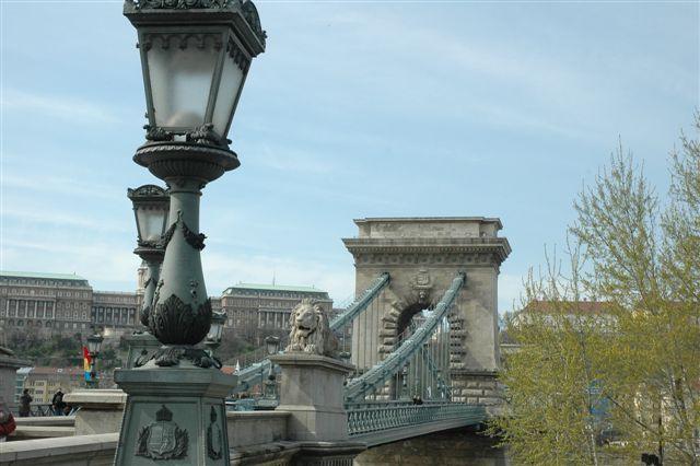 Zdjęcia: budapeszt, na Moście Łańcuchowym, WĘGRY
