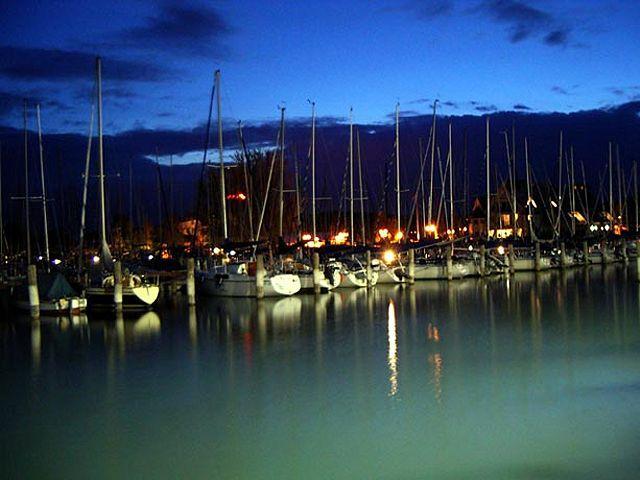 Zdjęcia: północny brzeg Balatonu, Balaton, noc nad jeziorem, WĘGRY