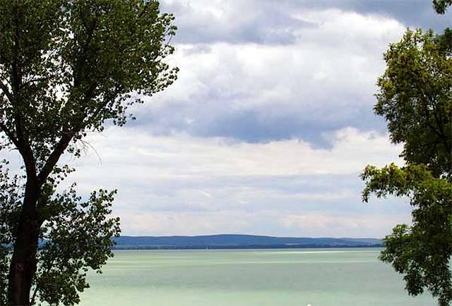 Zdjęcia: Balaton, Płytkie wody wielkiego jeziora, WĘGRY