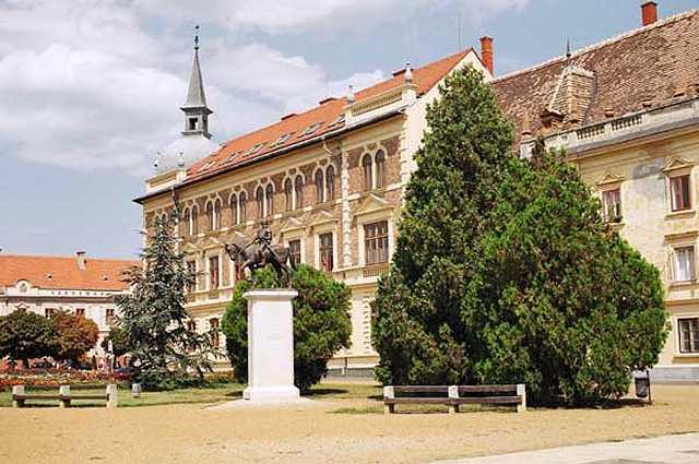 Zdjęcia: Keszthely, Ratusz, WĘGRY