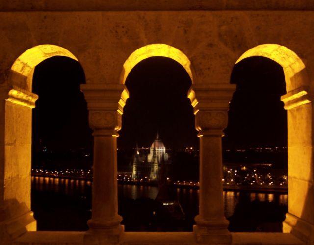 Zdjęcia: Budapeszt, Widok na Parlament :), WĘGRY