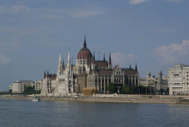 Zdj�cia: Budapeszt, nad pi�knym modrym Dunajem.., W�GRY